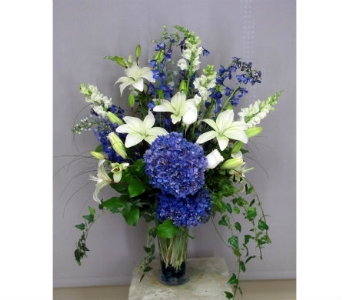 Serenity In Blue in Traverse City MI, Teboe Florist