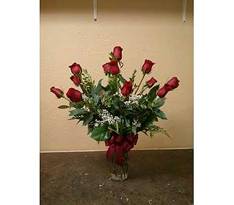 Dozen Red Roses in Rancho Cordova CA, Roses & Bows Florist Shop