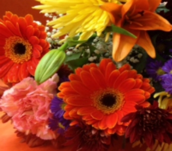 Autumn Tone Fresh Vase Arrangement in Manalapan NJ, Rosie Posies