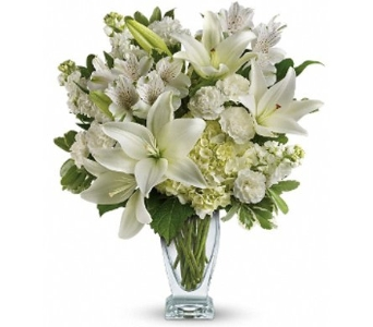 Purest Love Bouquet in Norristown PA, Plaza Flowers