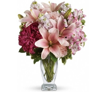 Blush of Love Bouquet in Norristown PA, Plaza Flowers