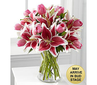 Stargazer Lily Bouquet in Kennebunk ME, Blooms & Heirlooms ��