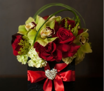 Romantic Box in Santa Clarita CA, Celebrate Flowers and Invitations
