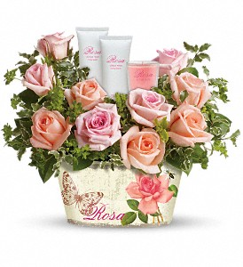 Teleflora's Rosy Delights Gift Bouquet in flower shops MD, Flowers on Base