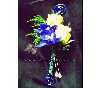 Spray Rose / Delphinium Boutonniere in Auburn ME, Ann's Flower Shop