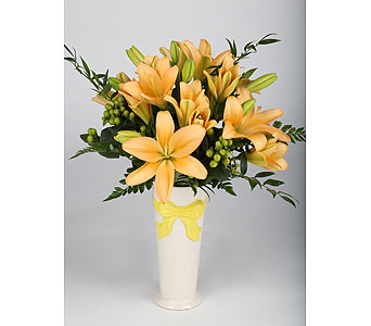 LILY VASE in Southampton PA, Domenic Graziano Flowers