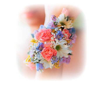 Old Fashion Mixed Flower Corsage in Baltimore MD, Raimondi's Flowers & Fruit Baskets