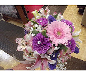 Custom Arrangement in Homer City PA, Flo's Floral And Gift Shop