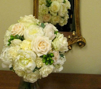 White Bridal Bouquet in Kennewick WA, Heritage Home Accents & Floral