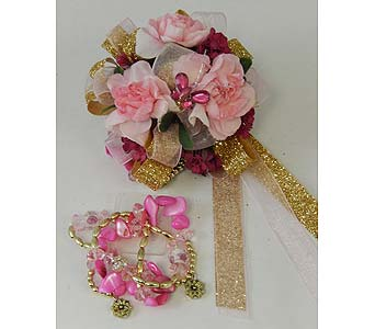 Pink Mini-carnation Wrist Corsage in Bloomington IL, Forget Me Not Flowers