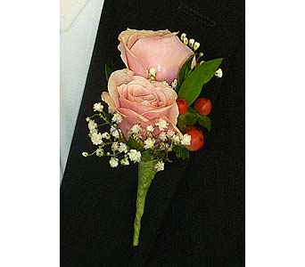 Double Pink Spray Rose Boutonniere in Mesa AZ, Watson Flower Shops