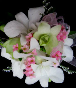 White and pink in Farmington CT, Haworth's Flowers & Gifts, LLC.