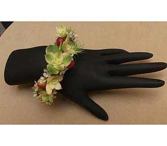 California Natural Wrist Corsage in West Los Angeles CA, Westwood Flower Garden