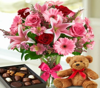 Sweetheart Surprise w/chocolates/Bear in Arizona, AZ, Fresh Bloomers Flowers & Gifts, Inc