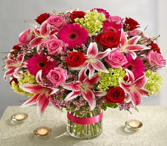 Capture Her Heart Bouquet-Deluxe in Arizona, AZ, Fresh Bloomers Flowers & Gifts, Inc