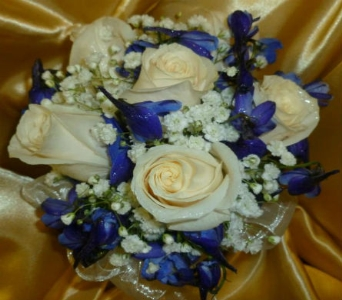 Prom Bouquet 12 in Frankfort IL, The Flower Cottage