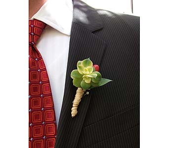 California Natural Boutonniere in West Los Angeles CA, Westwood Flower Garden