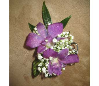 Boutonniere in Derby KS, Mary's Unique Floral & Gift