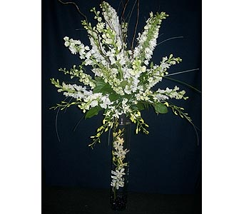 White Elegance Centerpiece2 in Middletown DE, Forget Me Not Florist & Flower Preservation