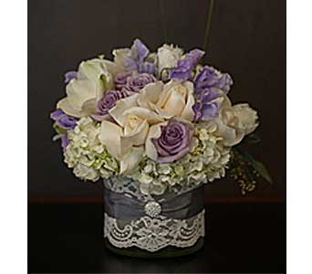 Celebrate Romance in Santa Clarita CA, Celebrate Flowers and Invitations