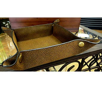 Man's Leather Toiletries Tray in Tampa FL, Buds, Blooms & Beyond