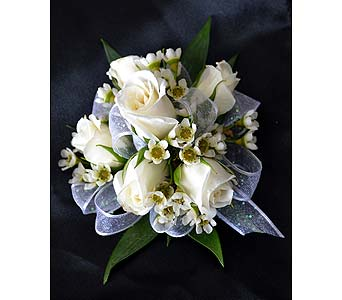 Traditional and Romantic Corsage in Dearborn Heights MI, English Gardens