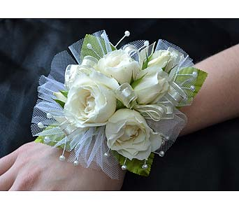 Royal Couple Corsage in Dearborn Heights MI, English Gardens