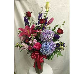 Custom Design in Rancho Cordova CA, Roses & Bows Florist Shop
