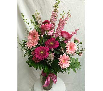 Isle of Pink in Rancho Cordova CA, Roses & Bows Florist Shop