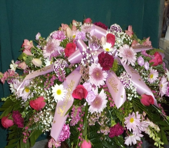 Pretty in Pink  in Milford OH, Jay's Florist