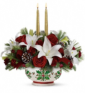 Teleflora's Season's Best Centerpiece in Oklahoma City OK, Array of Flowers & Gifts