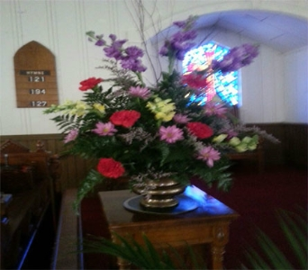 Sunday Morning Service Flowers in Statesville NC, Brookdale Florist, LLC