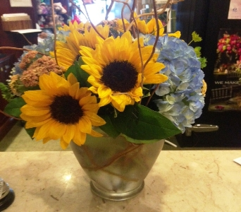 Instant Smile with Sunflowers in Princeton, Plainsboro, & Trenton NJ, Monday Morning Flower and Balloon Co.