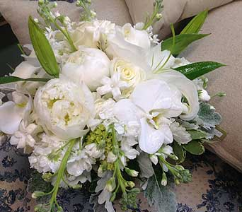 Wedding Bouquet in Aberdeen NC, Aldena Frye Custom Floral Design
