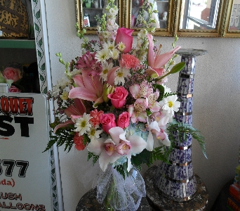 Pleasantly Pink  in Henderson NV, Beautiful Bouquet Florist