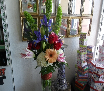 Mom's Garden in Henderson NV, Beautiful Bouquet Florist