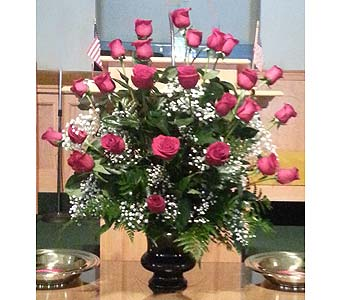 Rose Bouquet in Memory of a Family Member in Statesville NC, Brookdale Florist, LLC