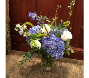 Farm Fresh Blue for You  in Princeton, Plainsboro, & Trenton NJ, Monday Morning Flower and Balloon Co.
