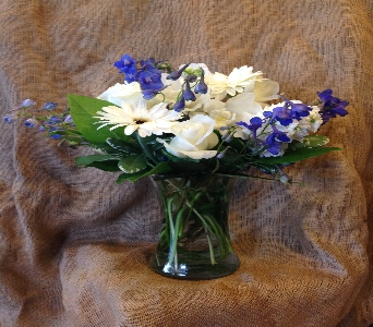 whites and blues in Phoenix AZ, foothills floral gallery