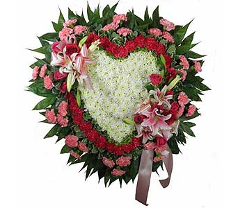 Love's Garden Deluxe Heart with Lilies in Chicagoland IL, Amling's Flowerland