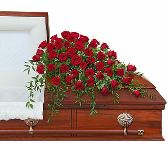 Simply Roses Supreme Casket Spray in Green Bay WI, Enchanted Florist