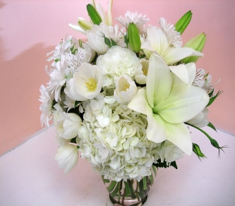 White Radiance in San Francisco CA, Fillmore Florist