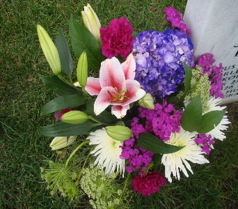 Cemetery Spray  in Princeton, Plainsboro, & Trenton NJ, Monday Morning Flower and Balloon Co.