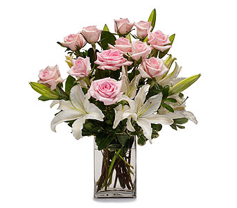 Kisses in Inver Grove Heights MN, Glassing Florist