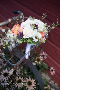 wedding photo in Lawrence KS, Englewood Florist