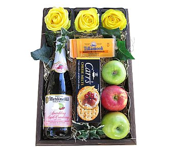 The Entertainer Gift Box in Eugene OR, Dandelions Flowers