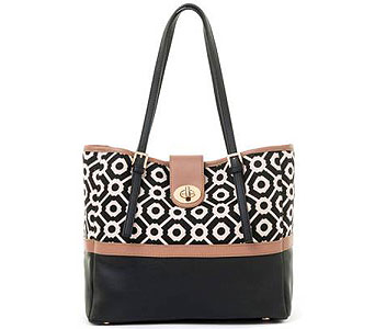 Pender Turn-Key Classic Tote in Detroit and St. Clair Shores MI, Conner Park Florist
