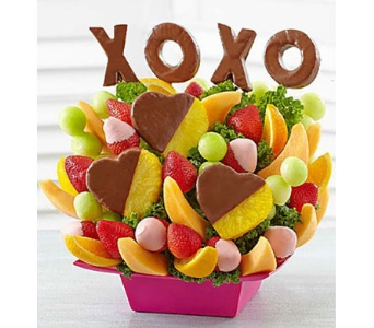 XOXO Delight in Mount Morris MI, June's Floral Company & Fruit Bouquets