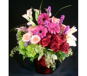 Grand Romance in Norristown PA, Plaza Flowers
