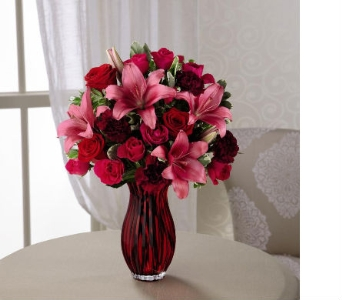 The FTD� Lasting Romance� Bouquet in Kingsport TN, Holston Florist Shop Inc.